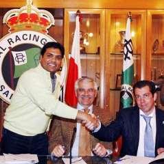 Firma de la operación de compraventa del Racing
