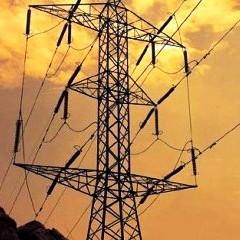 Las características del sistema eléctrico español encarecen el precio de la energía que usan consumidores y empresarios