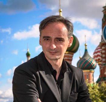 LIBROS DEL KO ABRE A GOLPES LA PUERTA DE MOSCÚ - El
