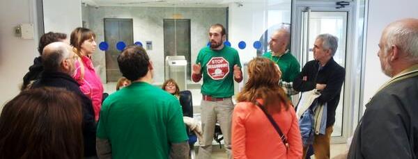 Oscar Manteca en Oficina Cazoña Liberbank