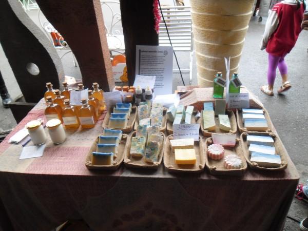 Algunos de los productos que se pueden adquirir con la moneda complementaria.