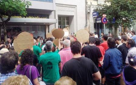 Protesta ante las oficinas de Urbanismo de Santander