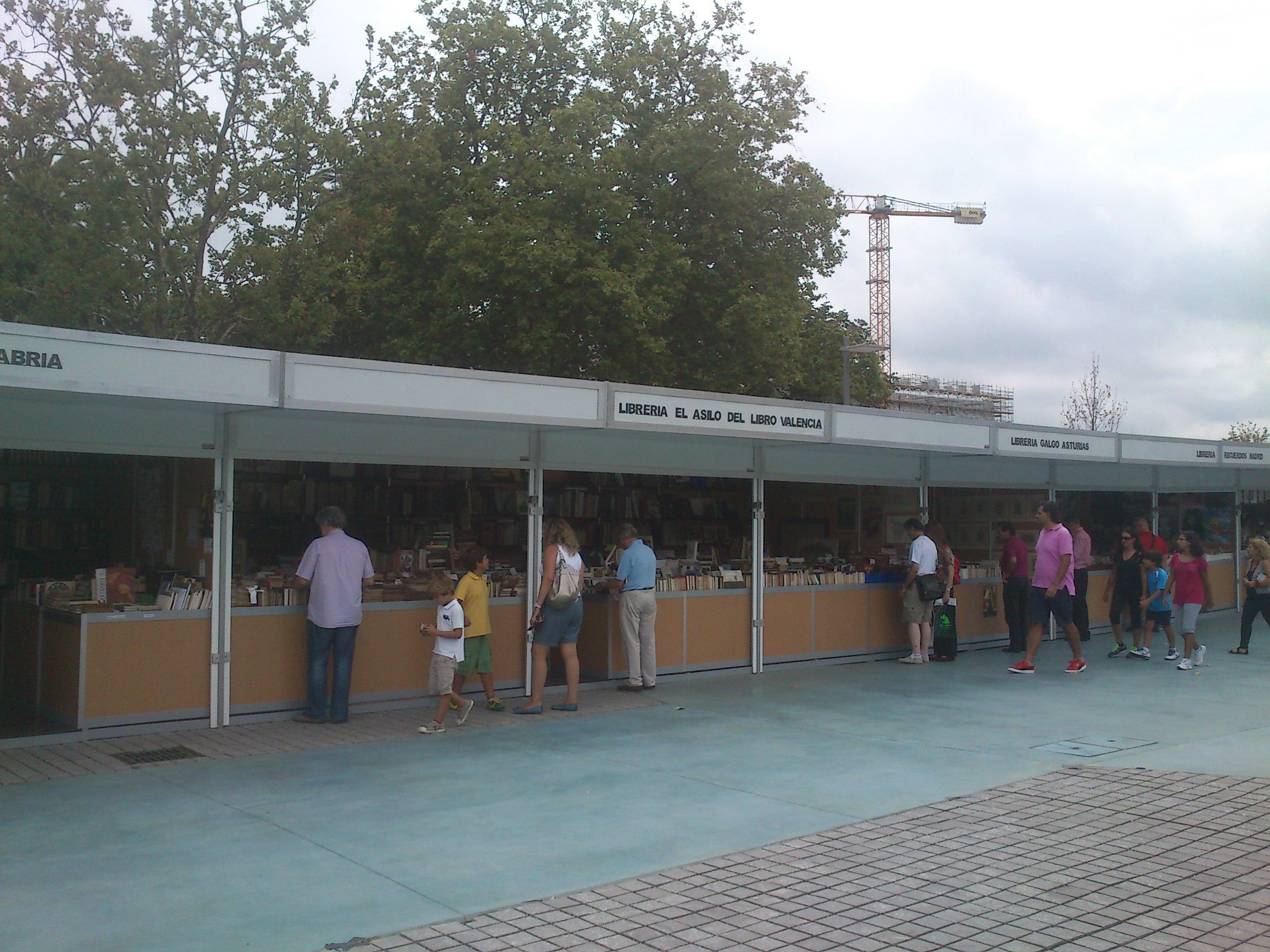 Librerías en la Feria del Libro Viejo 2014