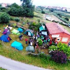 Foto aérea acampada en la finca de Amparo