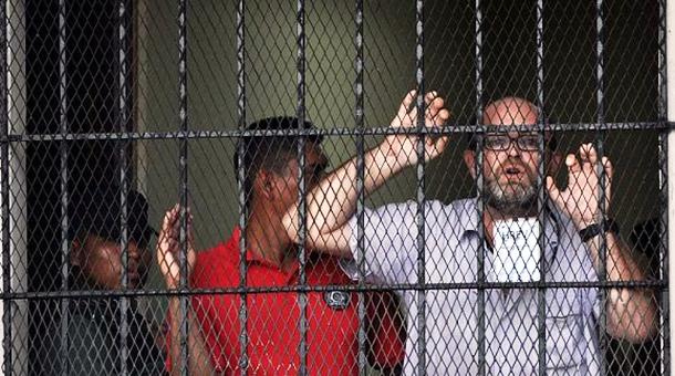 El activista Paco Gómez Nadal pasó por hasta tres centros sin contacto con sus abogados