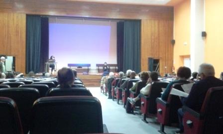 Asamblea del Círculo de Podemos de Santander en la que se ha apostado por ir a las municipales en candidatura ciudadana