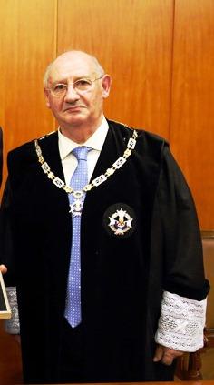 Dionisio Mantilla, decano del Colegio de Procuradores