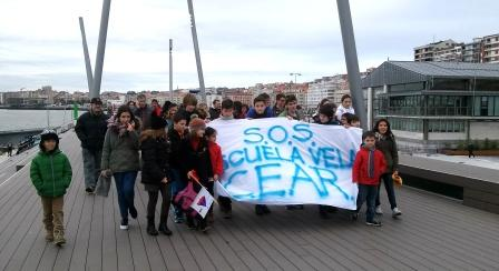 duna-cear-escuela-protesta