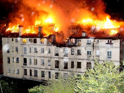El incendio en la calle Tetuán se utilizó para pedir el voto a favor del PGOU en 2012.