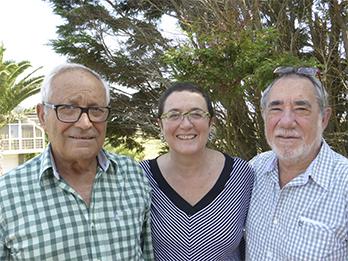 Junta General de Asociados con Mª del Mar Fernández Doval, Manuel Fernández Gómez y Jesús Martínez Moro.