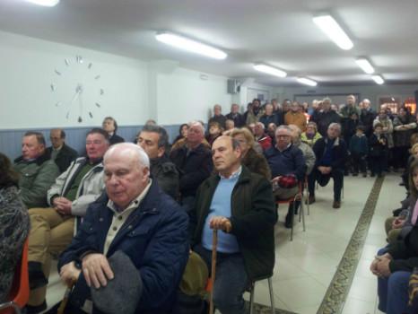 Alrededor de 70 vecinos se han reunido en la asamblea de presentación del proyecto.