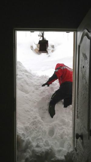 En Fresno del Río, en Reinosa, la nieve ha alcanzado una gran altura.