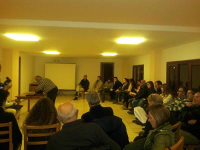 Alrededor de 30 personas han acudido a la asamblea constituyente de Santander Sí Puede.