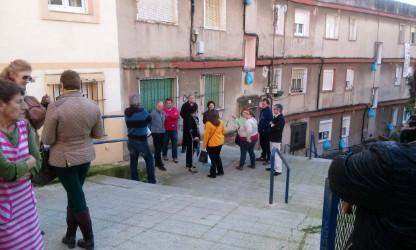 La Concejala de Barrios y Participación Ciudadana, Carmen Ruiz, con los vecinos de las calles Antonio de Cabezón y Francisco Giner.