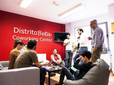 El café diario entre los coworkers de Distrito Beta es ya tradición.