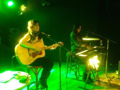 Vicky Gastelo y Rebeca Jiménez el pasado siete de marzo en la Sala santanderina BlackBird.