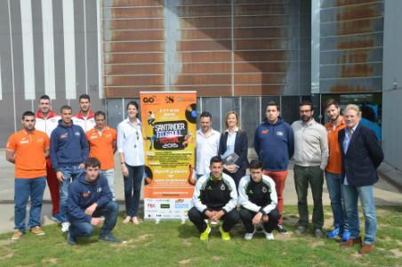 Presentación del festival en Escenario Santander con atletas, patrocinadores y los directores de ambos centros.
