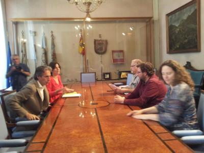 Cordial y corta ha sido la reunión entre el PP y Ganemos Santander Sí Puede.