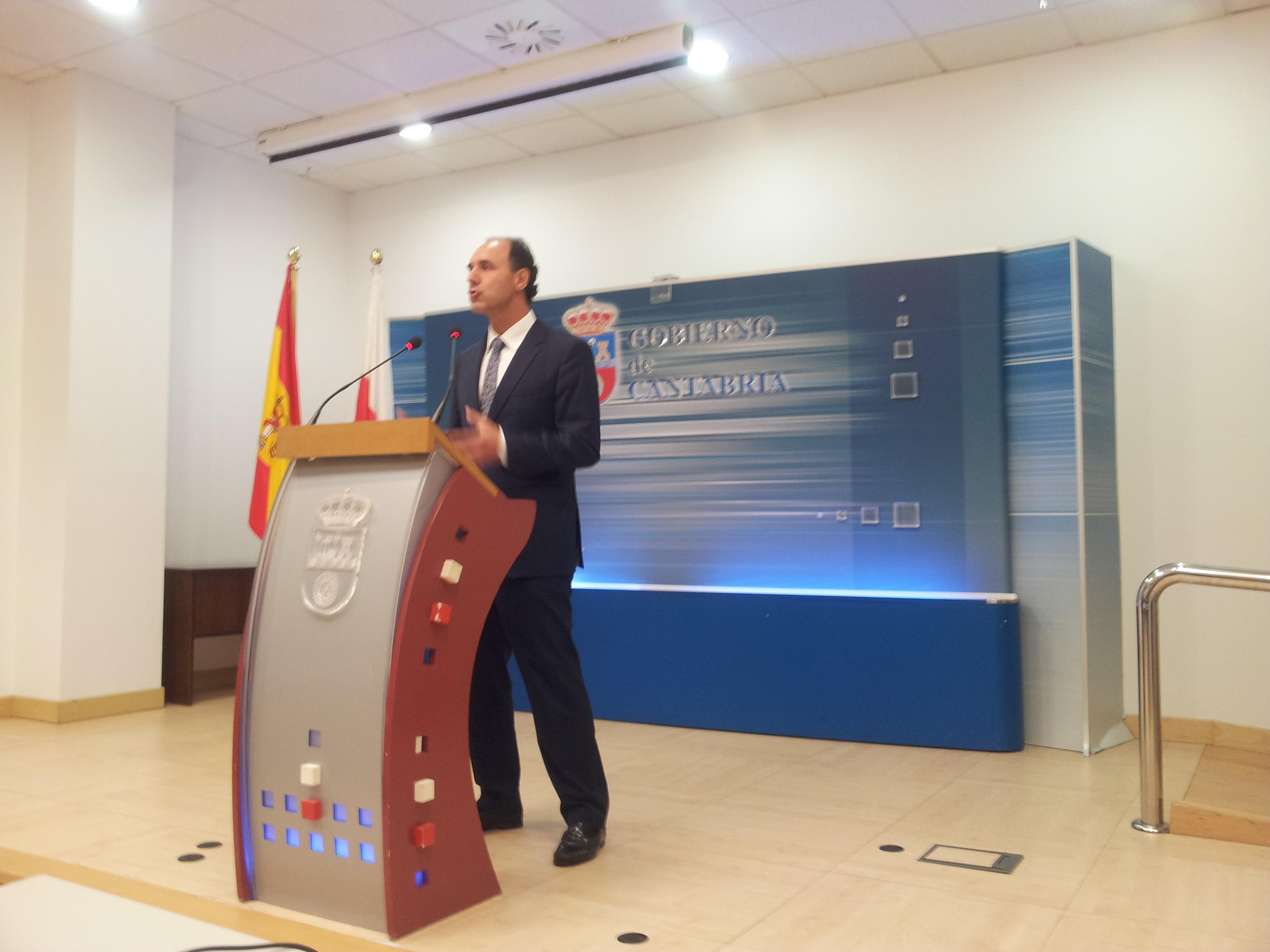 Ignacio Diego despidiendo la legislatura
