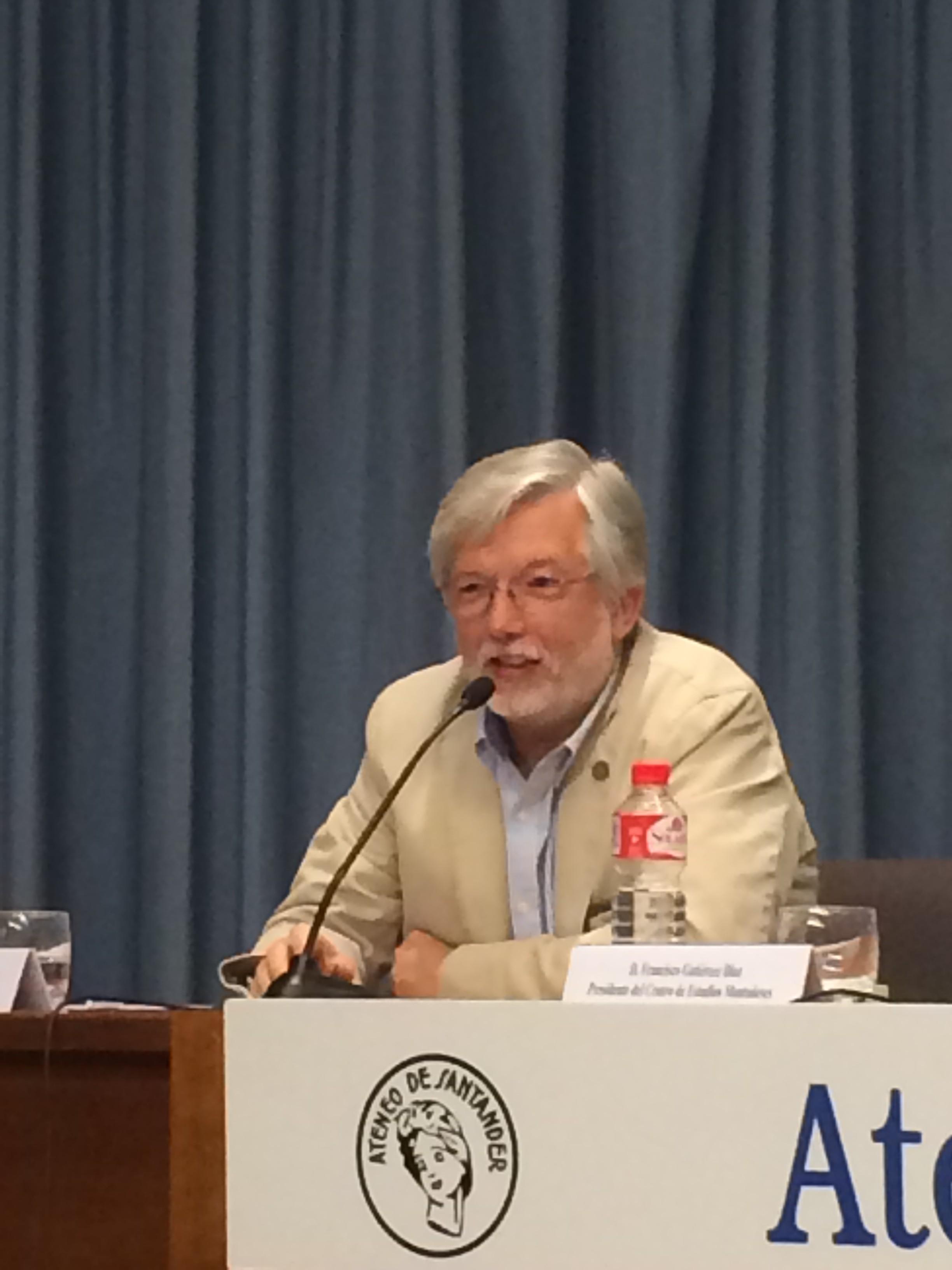 Fernando de Viera, autor del libro