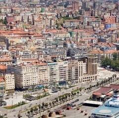 Santander trataba de ganar para la ciudad espacios portuarios
