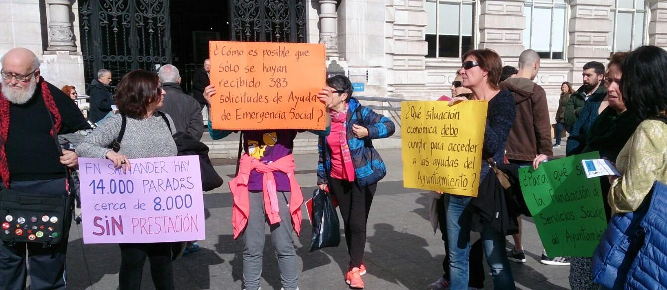Protesta de Andarivel a las puertas del Ayuntamiento