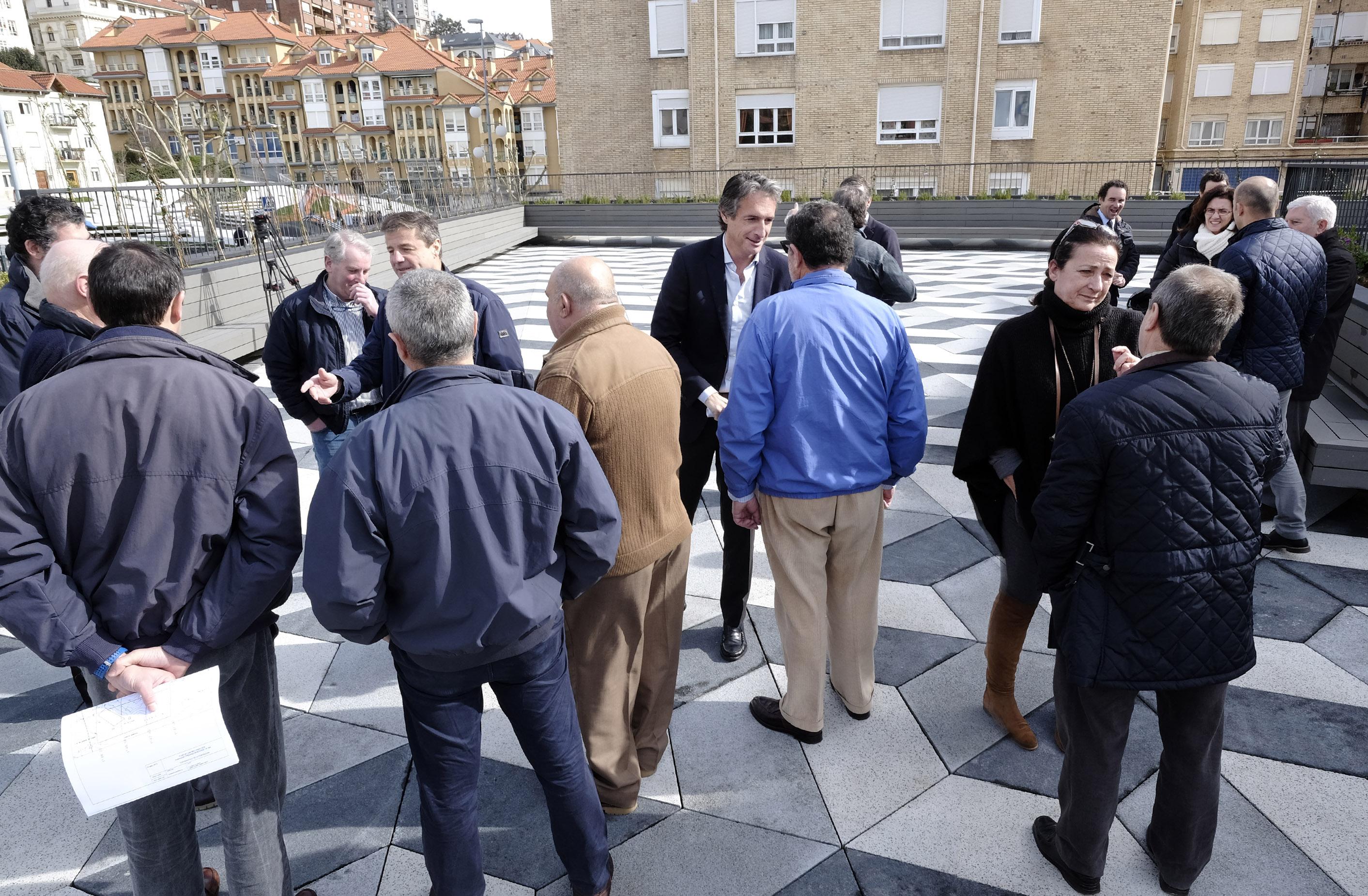 Apertura de la plaza en el entorno del Centro Cultural Doctor Madrazo