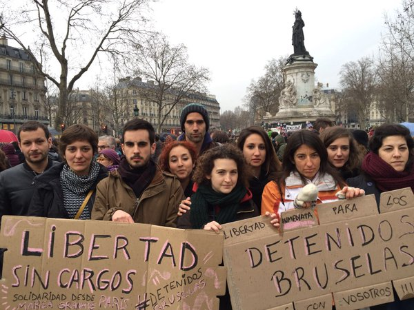 Concentración en París de apoyo a los detenidos en Bruselas