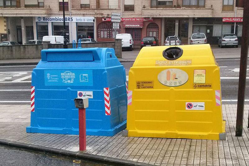 La recogida de residuos en municipios es uno de los servicios que presta MARE