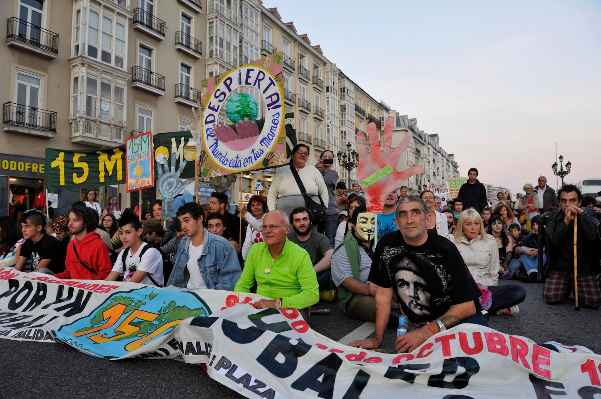 La manifestación que desembocó en el 15M (Foto: José Segarra)