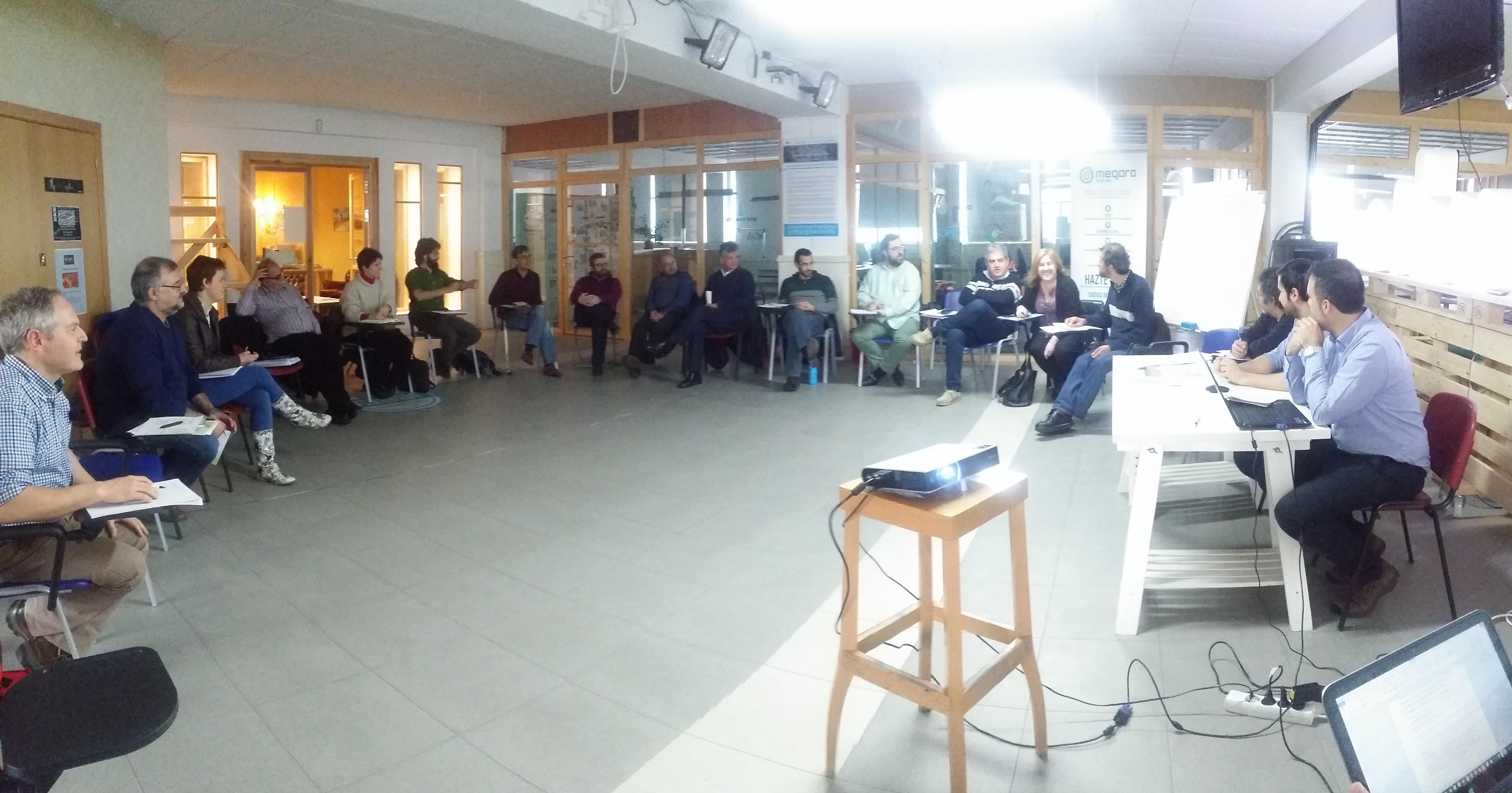 El III Encuentro de Cooperativas Eléctricas en el que continúan los trabajos para unirse a nivel estatal.