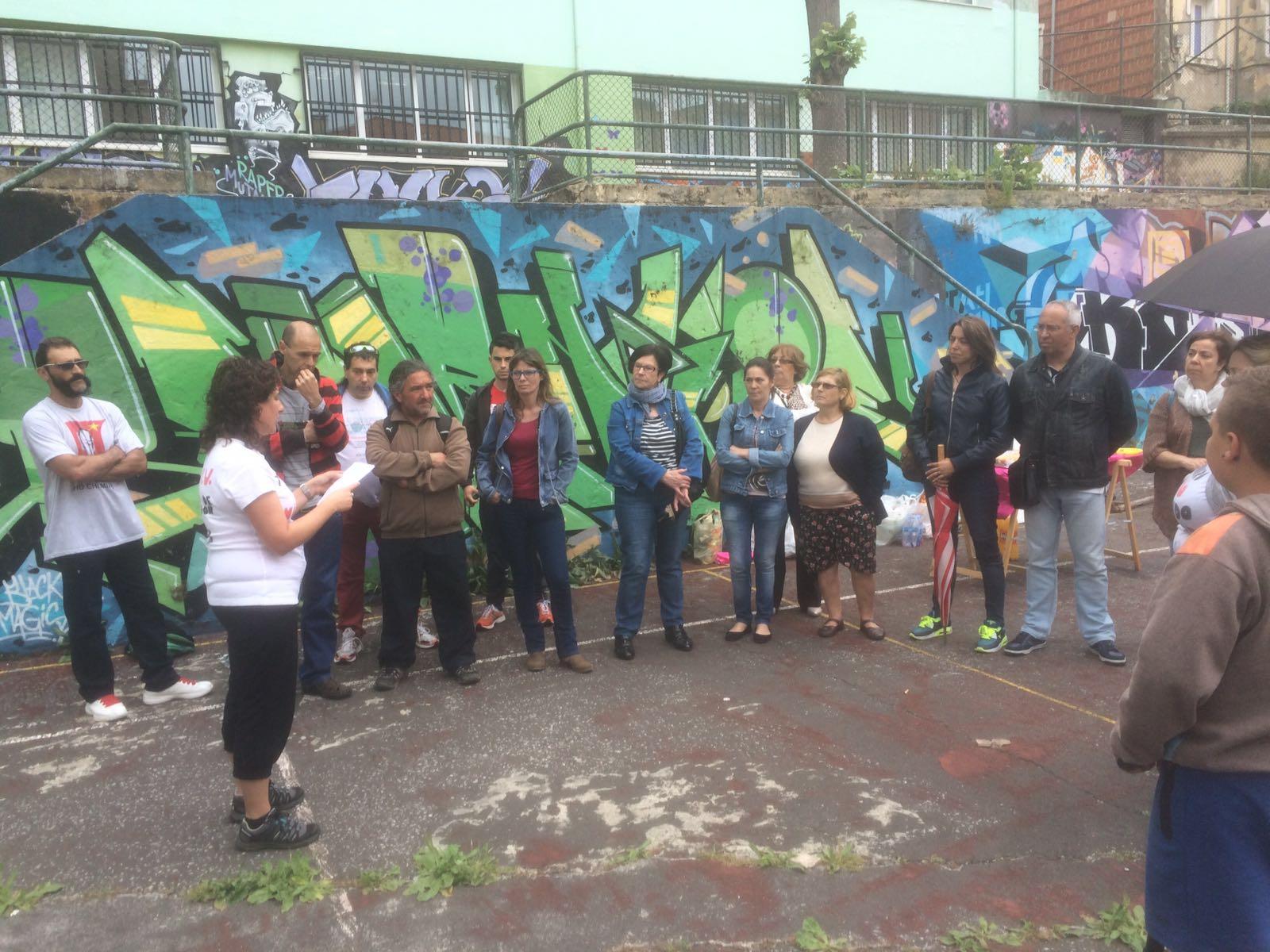 Vecinos de la calle Antonio Cabezón junto a otros movimientos vecinales de Santander