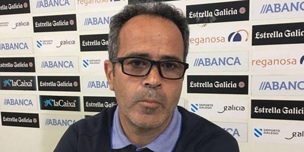 Álvaro Cervera, entrenador del Cádiz, y exjugador y exentrenador del Racing