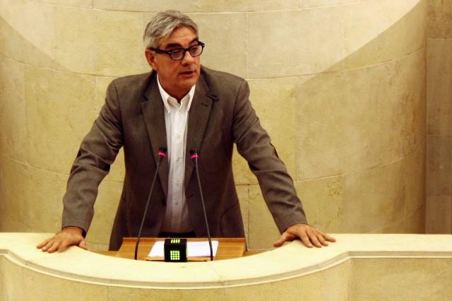 Eduardo Van den Eynde, portavoz del PP en el Parlamento cántabro.