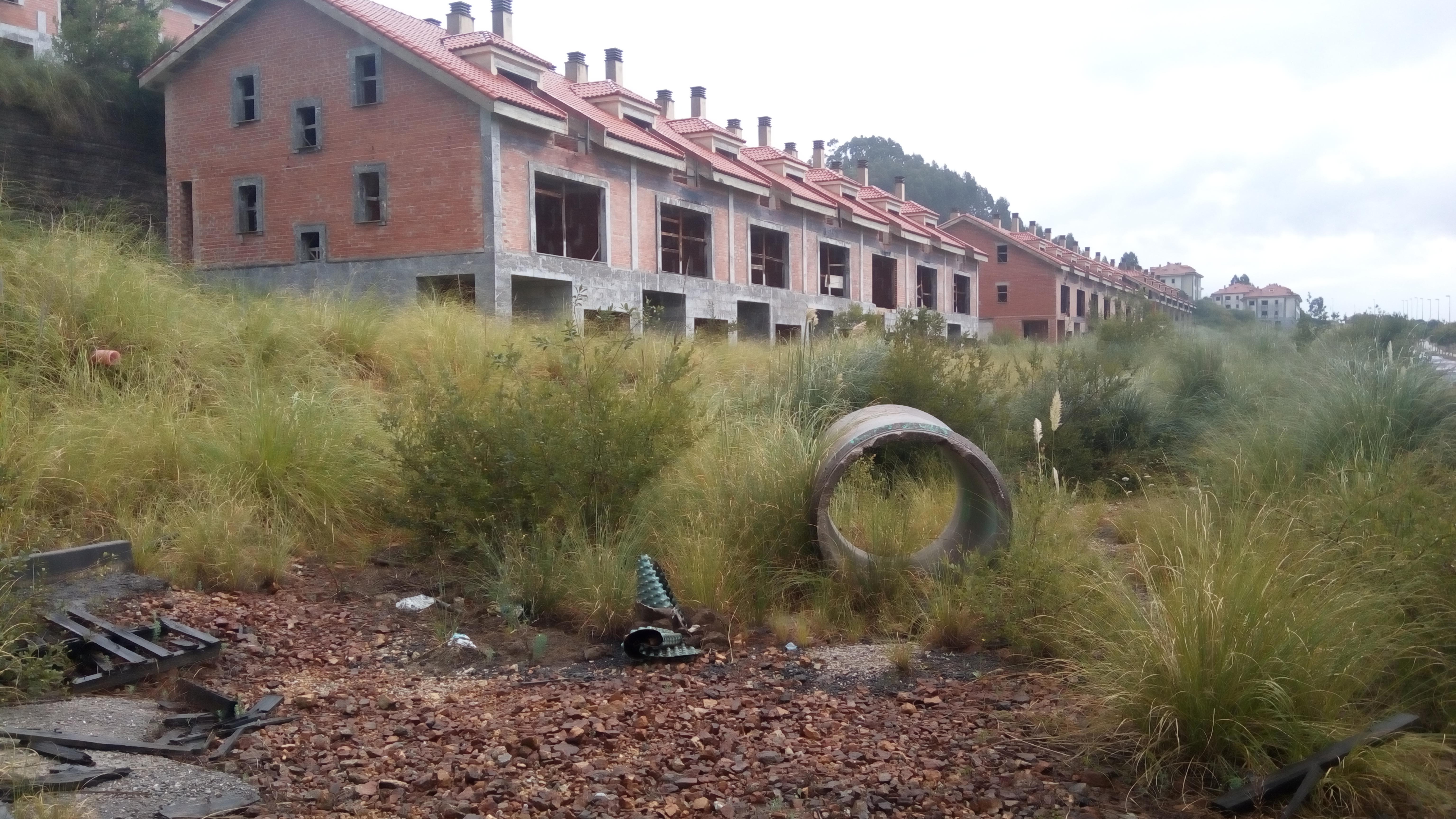 Urbanización abandona en el Alto del Cuco