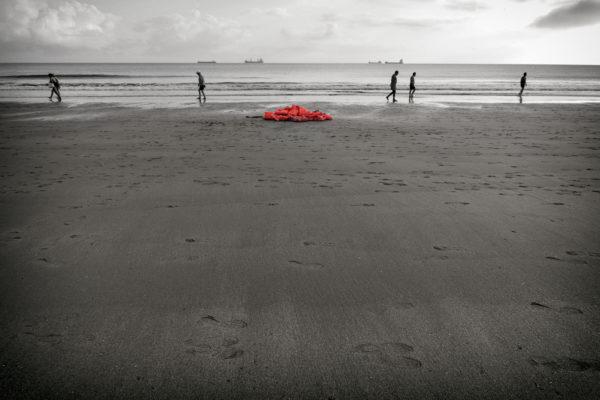 Salva-vidas sin cuerpos son salva-muertos (Fotografía: Bea a través del espejo)