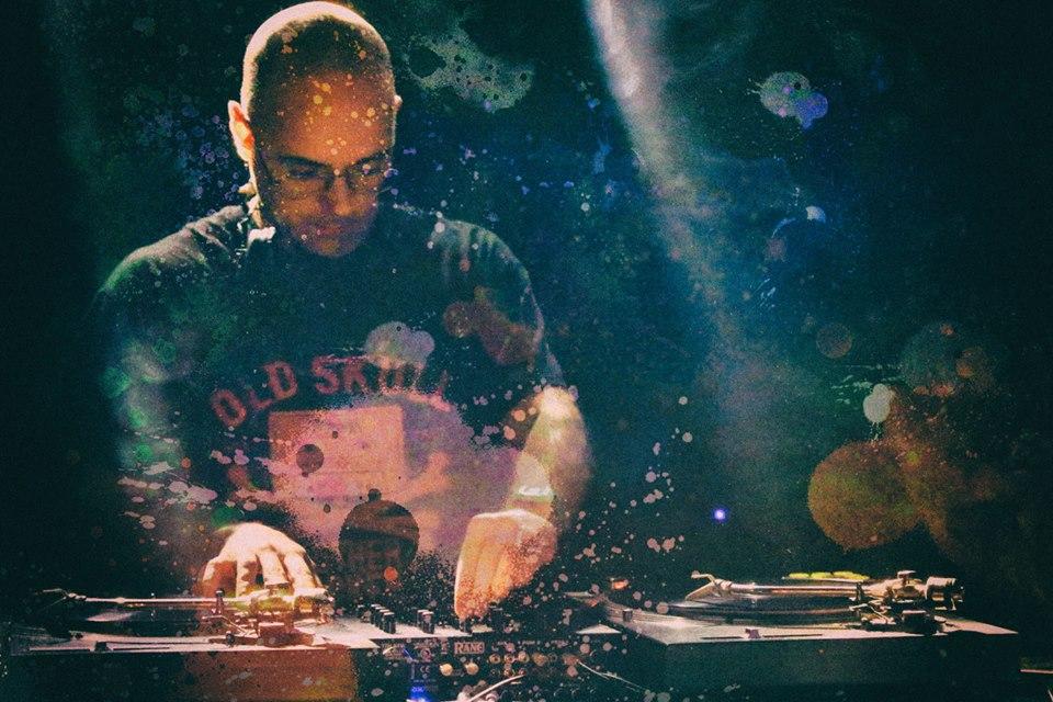 DJ UVE, de Galaxia de Plástico
