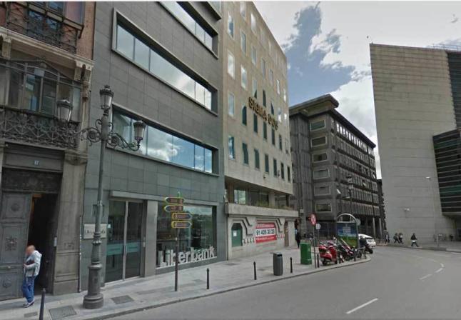 Sede de Liberbank en Madrid, junto al Congreso  de los Diputados.