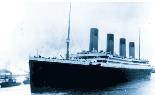 El naufragio del Titanic es una de las tragedias más famosas de la historia de la navegación.