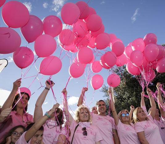 Carrera de la Mujer en Bezana, contra el cáncer de mama