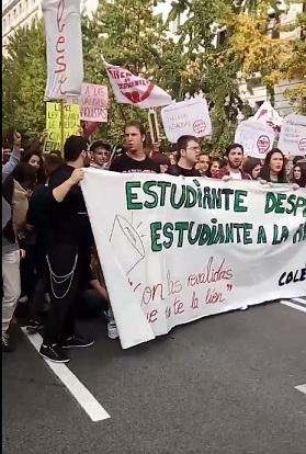 Protesta esta mañana frente a Delegación de Gobierno.