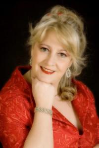 La soprano Montserrat Obeso pone la voz a este homenaje.