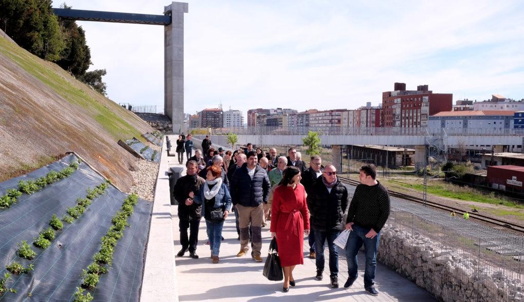Inauguración de la conexión de la pasarela