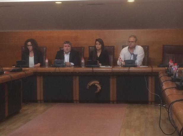 Alberto Bolado acompañado con las familias de las víctimas del YAK-42.