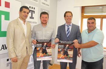 Presentación del torneo en el Vicente Trueba